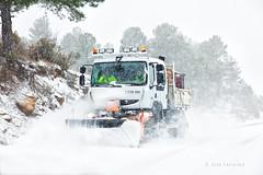 La nieve vuelve a Yecla (Jose Casielles) Tags: viaje carretera nieve nevada paisaje invierno maquina yecla camión quitanieve fotografíasjcasielles