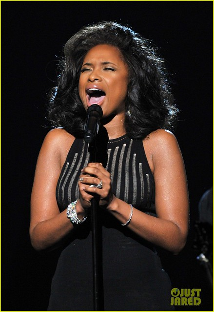 Jennifer Hudson homenajea WHITNEY Houston