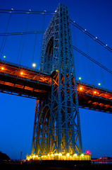 The Giant (SunnyDazzled) Tags: longexposure bridge newyork night lights george washington newjersey cityscape suspensionbridge fortlee footlights lightflares bridgescape