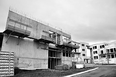 (Steini789) Tags: road street wood house concrete construction steel