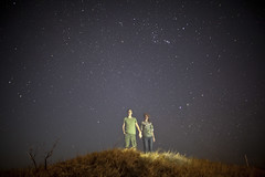 Something about the stars. (Sarah Chaput de Saintonge) Tags: love night dark stars hawaii hands couple holdinghands starry