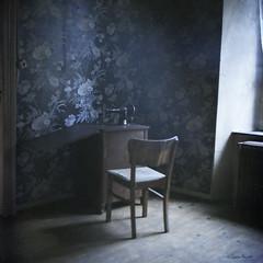 the adler (moggierocket) Tags: blue wallpaper abandoned 6x6 film corner vintage daylight room adler sewingmachine woodenfloor kiev88 winnercontest500x500298
