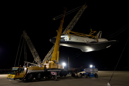 Shuttle Enterprise Mating To SCA (201204200004HQ)