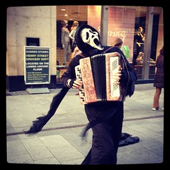 It's a scream! (magnum_lady) Tags: dublin scream busker henrystreet accordianplayer iphone4s