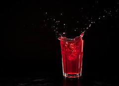 Raspberry juice-splash moments (feryersan) Tags:
