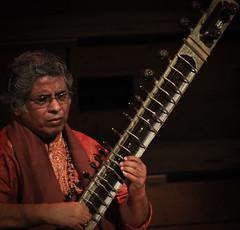 Suranjali-70 (shovik212) Tags: music photography auckland anoop aucklandtownhall shovik indianclassical suranjali debuchaudhary prateekchaudhary