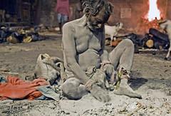 Kolkata , Kolkata mera Kolkata (PawelBienkowski) Tags: ash hinduism kolkata calcutta cremation hinduculture cremationground hinducustoms buthnath