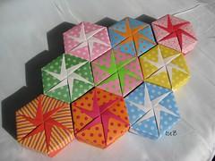 Hexagonal Boxes Mania.... (esli24) Tags: origami box schachtel tomokofuse origamibox papierfalten hexagonalbox sechseckschachtel esli24