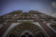 he_19 (Franz-Rudolph) Tags: architecture germany deutschland hessen cathedral dom main architektur portal hdr romanic limburg hesse haupt romanisch franzrudolph