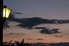 63#365 Instantes (Carmen T. Chaguaceda) Tags: atardecer luces farolas sierradearacena