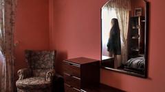 131/366: from the inside (Andrea  Alonso) Tags: house selfportrait reflection me mirror casa yo sofa espejo autorretrato