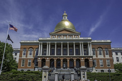 Massachusetts State House - Boston (Philip Scott Johnson) Tags: boston beaconhill newstatehouse bostonmassachusetts massachusettsstatehouse commonwealthofmassachusetts charlesbulfinch