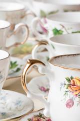 Tea-time 2 (WillemijnB) Tags: flowers fleurs time tea pastel indoor cups bloemen thee saucers kopjes schoteltjes