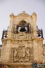 Detalle Fachada Plaza Astorga (edmoberti) Tags: church fuente iglesia paisaje chruch castillo pilgrim caminodesantiago peregrino astorga albergue rabanaldelcamino hospitaldeorbigo pregrino