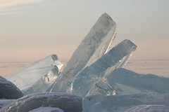 Ijsklontje iemand?? (Eline de Weerdt) Tags: ice ijsselmeer ijsschotsen