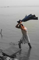 laundry day 2 (Shaun D Metcalfe) Tags: india boats death laundry varanasi spirituality bathing universe hindu pilgrimage ganges ghats benares uttarpradesh sadhus earthasia