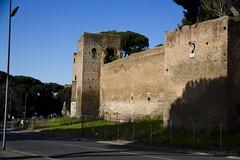 "Mura Aureliane • <a style=""font-size:0.8em;"" href=""http://www.flickr.com/photos/89679026@N00/6823556530/"" target=""_blank"">View on Flickr</a>"