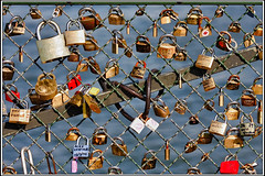 Love padlock / Cadenas de l'amour (SergeK ) Tags: paris france love fence cadenas key europe bridges amour sweethearts padlock sergek 11sergek