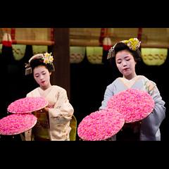(Masahiro Makino) Tags: dedication japan photoshop canon eos dance kyoto shrine sigma adobe   gion 70300mm lightroom  hanatouro ayano yasaka f456  60d  kobu  takahina  20120310190048canoneos60dls640hp