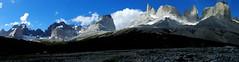 Panorama Valle del Francés (Mono Andes) Tags: chile panorama patagonia fortaleza andes parquenacional parquenacionaltorresdelpaine cuernosdelpaine cabezadeindio regióndemagallanes lamáscara lahoja laespada tronoblanco valledelfrancés aletadetiburón