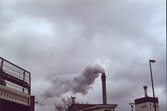(lichtschichtpfirsich) Tags: smog air bremen dust fleamarket trial