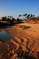 Teluk Bidara (Mizek) Tags: nature beautiful canon landscape scenery malaysia tamron pantai terengganu dungun telukbidara 450d
