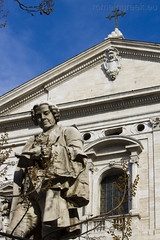 """Piazza della Chiesa Nuova - Monumento a Metastasio • <a style=""""font-size:0.8em;"""" href=""""http://www.flickr.com/photos/89679026@N00/6864014517/"""" target=""""_blank"""">View on Flickr</a>"""