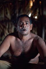 Tobacco Farmer, Cuba (madeinsheffield) Tags: portrait 50mm cuba naturallight cigar farmer tobacco pinardelrio madeinsheffield dryinghouse canon5dmarkii