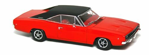Minichamps Dodge Charger 1968
