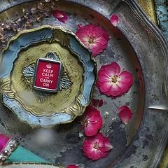 KEEP CALM & CARRY ON (CLASIC RED) - RETRO CHARM (Alicja Radej Arte Ego) Tags: glass handmade oneofakind jewelry jewelery retrocharm
