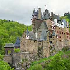 Entering the medieval castle Burg Eltz (Bn) Tags: burg eltz castle burcht germany middle ages solitude fairytale dreamlike fortress mnstermaifeld wierschem hiking landscape zoom moselkern karden unchanged 9th century discover charming wonderful beautiful visit hd residence family grafvoneltz elzbach imagination disney nature forest wood green spring geotagged geo:lon=7336571 geo:lat=50204896 allemagne burgen burgenundschlsser castles deutschland eifel eltzcastle engineering historical history medieval middleages mittelalter mosel moyenge old rheinlandpfalz schloss schlsser stone trip vacation valley moezel cindarellacastle sprookjes kasteel 50faves topf50 100faves topf100