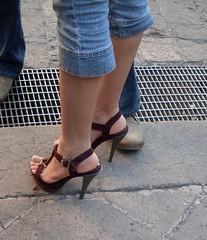3502883308_d71494ca81_o_gig (Tillerman_123) Tags: feet heels giantess