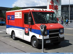 Postes Canada Post 23104 43 (TheTransitCamera) Tags: city canada vancouver truck postes bc post mail columbia delivery vehicle service british postal van shipping package