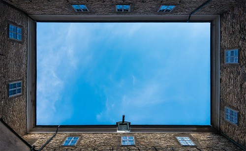 windows roof light castle beautiful yard spring sweden sony explore frame scandinavia orebro