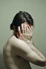 127 // 366 - Untitled (Job Abril) Tags: selfportrait nude nikon hide 365 autorretrato cuerpo malebody conceptualphotoraphy artisticphotohraphy