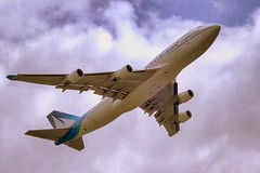 (Philippe Vieux-Jeanton) Tags: france airplane flying corsair boeing 747 avion
