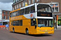 Sanders Coaches 105 YJ05PZE (Will Swain) Tags: norwich 14th may 2016 bus buses transport travel uk britain vehicle vehicles county country england english south east norfolk city centre sanders coaches 105 yj05pze