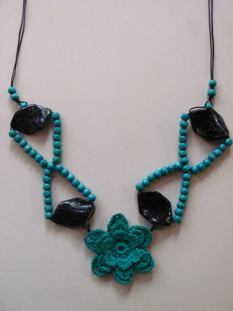 8916ae8f92aa gran turquesa (rozucollares) Tags  flores crochet flor artesanal colores  collar febrero artesania collares