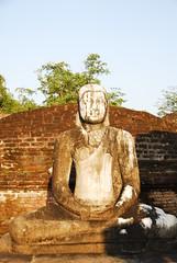 Buddha (pontfire) Tags: voyage old trip travel holiday stone temple ruins asia pierre buddha ruin bouddha unesco ruine oldtimer asie srilanka ceylon srilankan traveler ruines archologie polonnaruwa ceylan pontfire polonnruv