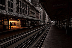 Waiting for the Train (benchorizo) Tags: chicago nikon cta trains chicagoist banias chicagoel d90 benchorizo