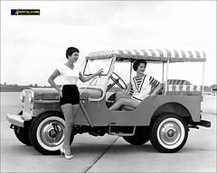 1959 Jeep DJ-2A 'Surrey Gala' - Foto prensa (Dkarros.com) Tags: auto old car photo automobile jeep 4x4 picture surrey cj kaiser chrysler willys 1959 automóvil todoterreno