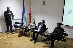 IMG_4195 (wwwvladahr) Tags: croatia government easterneurope onlinegovernment milanovic