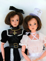 Twins in Black & White (CornflowerBlue07) Tags: momoko petworks 02cm