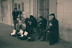 Les Inconnus (Génial N) Tags: paris france musicians pentax jazz bastille vosges placedesvosges jazzmusicians lemarais pentaxkr