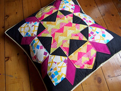 swoon pillow (ImAGingerMonkey) Tags: quilt swoon pillow quiltblocks thelongthread ellenluckettbaker
