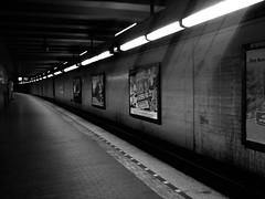 183/365 - Tunnel (Martin Schmidt (www.schmaidt.de)) Tags: bw white black station metro platz hannover days list ubahn tage 365 lister 365days
