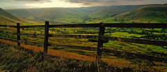 Fence with a view. (sidibousaid60) Tags: uk fence derbyshire peakdistrict valley edale kinderscout