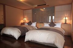 Room 312 (A Sutanto) Tags: lake japan breakfast japanese hotel spring bed fuji five interior room lakes style western onsen kawaguchi kawaguchiko fujikawaguchiko ubuya kozantei