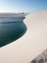Nas curvas das dunas (felipe sahd) Tags: brasil maranho dunas lagoas barreirinhas parquenacional lenismaranhenses
