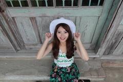 Heidi056 (greenjacket888) Tags: portrait cute beautiful asian heidi md leg lovely sg  leggy          asianbeauty   85l  85f12  beautyleg   5dmk 5d3